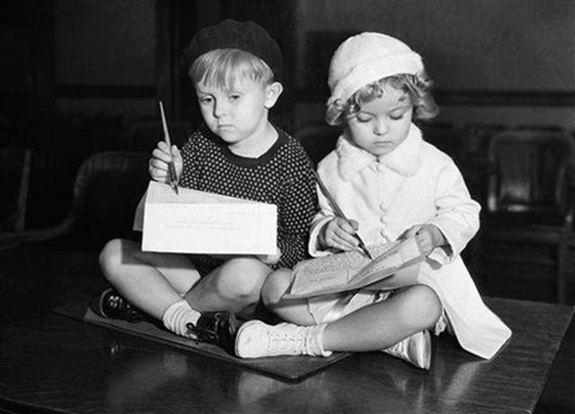 Cuộc đời Shirley Temple: Từ thần đồng diễn xuất đoạt giải Oscar khi mới 7 tuổi đến nữ chính trị gia kiệt xuất được tổng thống Mỹ nể trọng - Ảnh 2.