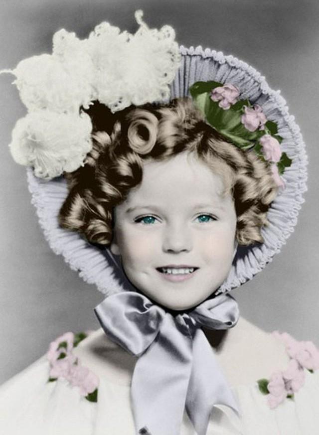 Cuộc đời Shirley Temple: Từ thần đồng diễn xuất đoạt giải Oscar khi mới 7 tuổi đến nữ chính trị gia kiệt xuất được tổng thống Mỹ nể trọng - Ảnh 13.
