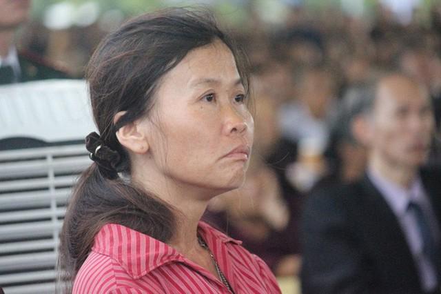 Người dân quê nhà rơi lệ xem Lễ truy điệu Chủ tịch nước Trần Đại Quang - Ảnh 17.