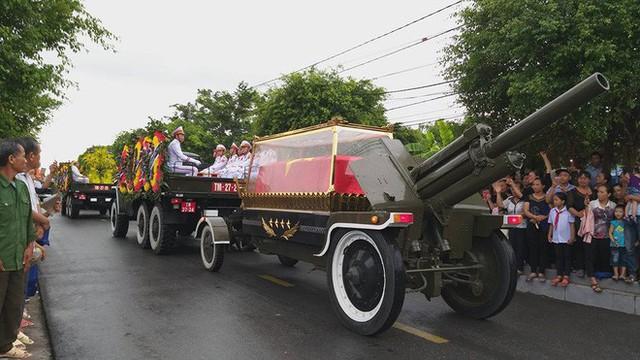 Chủ tịch nước Trần Đại Quang trở về đất mẹ - Ảnh 36.