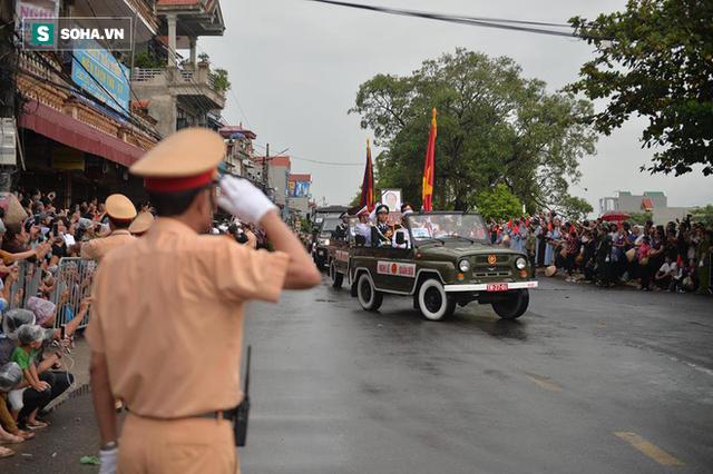 Chủ tịch nước Trần Đại Quang trở về đất mẹ - Ảnh 41.