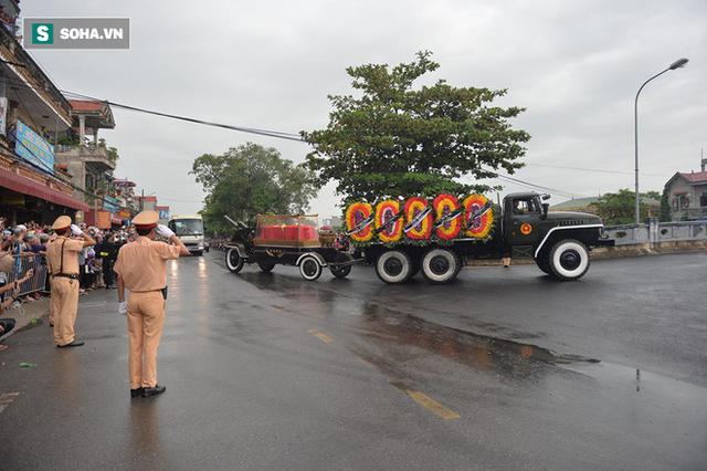 Chủ tịch nước Trần Đại Quang trở về đất mẹ - Ảnh 46.
