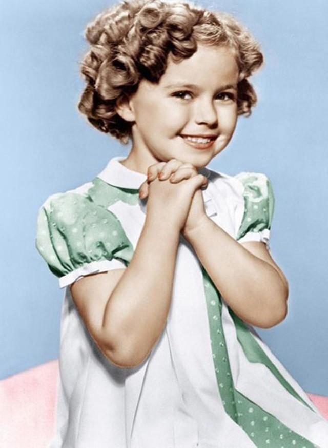 Cuộc đời Shirley Temple: Từ thần đồng diễn xuất đoạt giải Oscar khi mới 7 tuổi đến nữ chính trị gia kiệt xuất được tổng thống Mỹ nể trọng - Ảnh 11.
