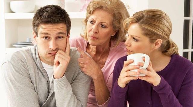 Ngày càng nhiều các cặp đôi cầu cứu chuyên gia tâm lý trước khi cưới để giúp hoà thuận với gia đình thông gia, đặc biệt là phụ nữ - Ảnh 1.
