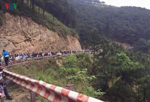 Ảnh: Lũ quét và ngập úng ở Lai Châu, giao thông nhiều nơi ách tắc - Ảnh 9.