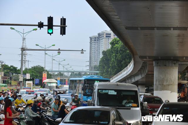 Ảnh: Dự án cầu vượt An Dương - Thanh Niên hơn 300 tỷ đồng ở Hà Nội sắp hoàn thành - Ảnh 12.