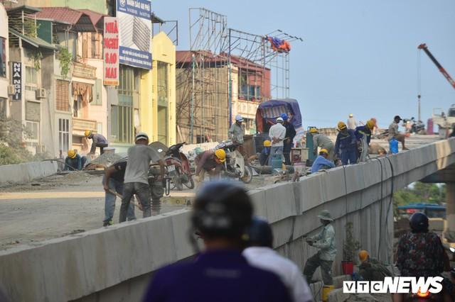 Ảnh: Dự án cầu vượt An Dương - Thanh Niên hơn 300 tỷ đồng ở Hà Nội sắp hoàn thành - Ảnh 5.