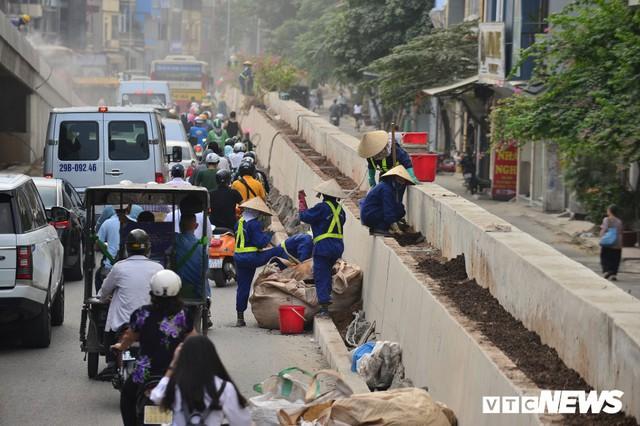 Ảnh: Dự án cầu vượt An Dương - Thanh Niên hơn 300 tỷ đồng ở Hà Nội sắp hoàn thành - Ảnh 9.