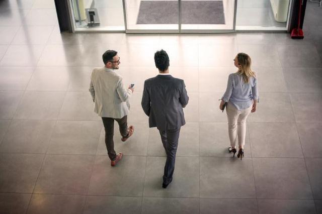 Để cảm xúc chi phối, chủ quan, xao nhãng công việc: Những sai lầm nhỏ khi mới đi làm có thể hủy hoại cả tương lai của bạn - Ảnh 3.