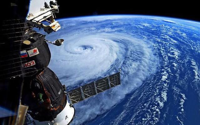 Siêu bão mạnh nhất ¼ thế kỷ đổ bộ, Nhật Bản bị tàn phá như trải qua thảm họa kép động đất, sóng thần năm 2011 - Ảnh 10.