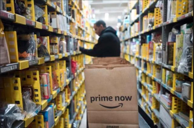 Tỷ phú là xưa rồi, Jeff Bezos còn có thể trở thành nghìn tỷ phú cơ! - Ảnh 1.