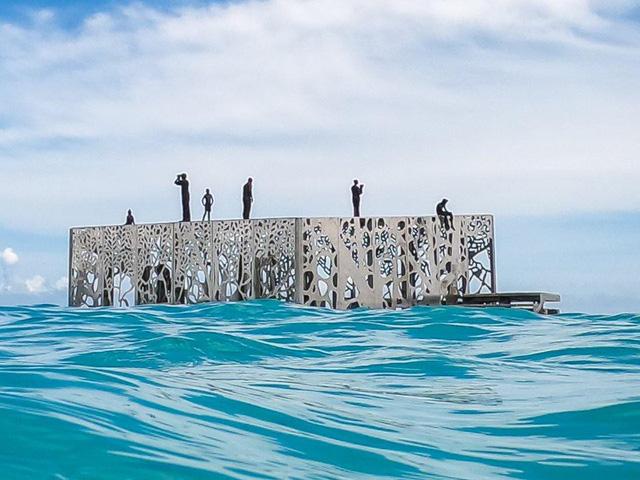 Khám phá phòng trưng bày nghệ thuật thủy triều độc đáo tại Maldives - thiên đường hạ giới ai cũng nên đến một lần trong đời - Ảnh 12.
