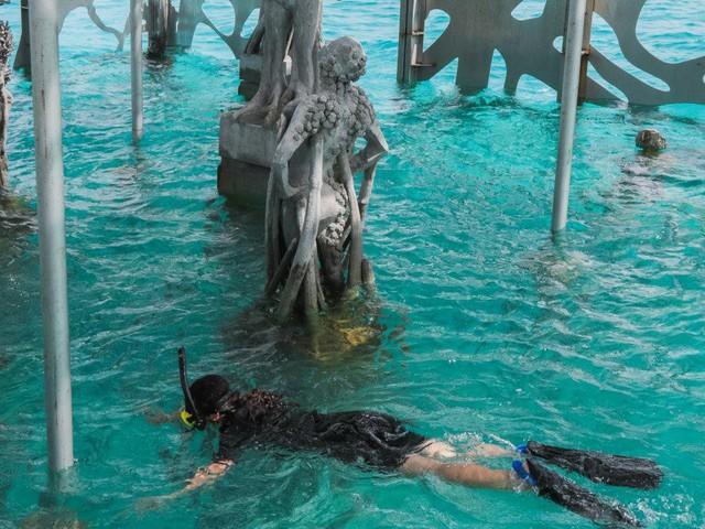 Khám phá phòng trưng bày nghệ thuật thủy triều độc đáo tại Maldives - thiên đường hạ giới ai cũng nên đến một lần trong đời - Ảnh 14.