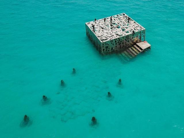 Khám phá phòng trưng bày nghệ thuật thủy triều độc đáo tại Maldives - thiên đường hạ giới ai cũng nên đến một lần trong đời - Ảnh 4.