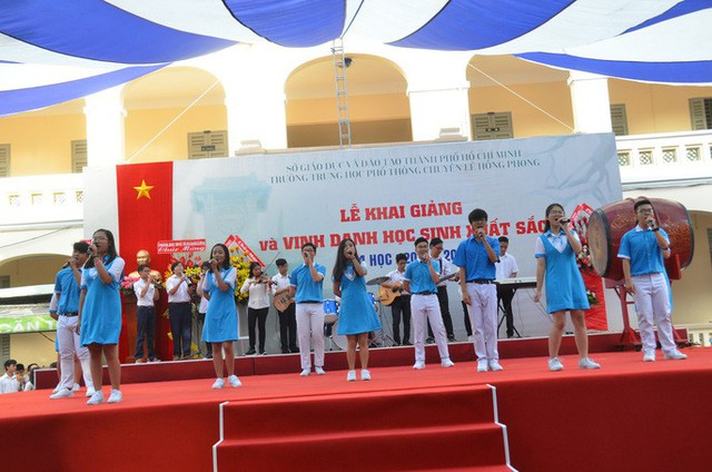 Chủ tịch nước Trần Đại Quang: Giáo dục luôn được đặt ở vị trí trung tâm - Ảnh 8.