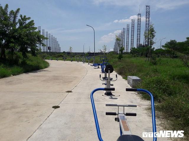 Ảnh: Công viên 50 tỷ đồng nhếch nhác giữa trung tâm Đà Nẵng - Ảnh 2.