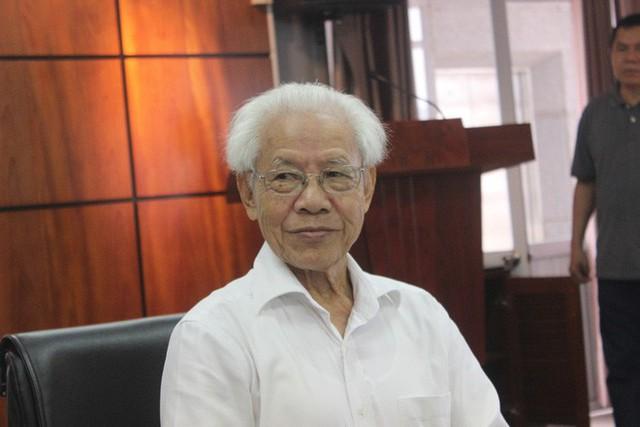GS Hồ Ngọc Đại: Kỳ 1 của lớp GS Ngô Bảo Châu không học chữ mà chỉ học hình vuông, tròn - Ảnh 2.