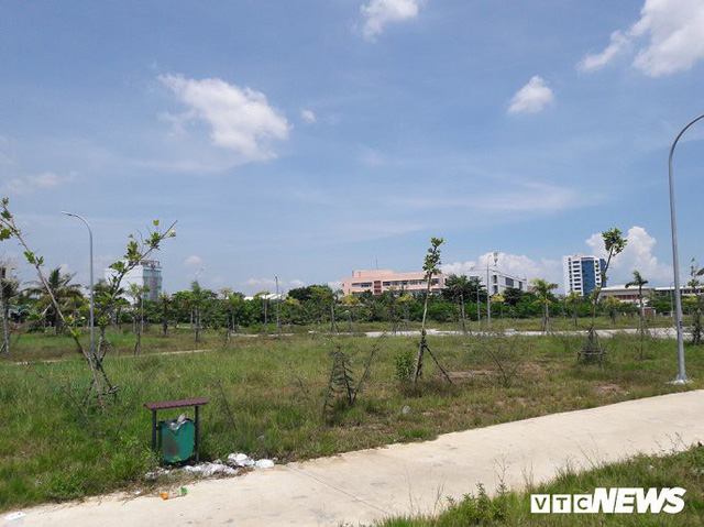 Ảnh: Công viên 50 tỷ đồng nhếch nhác giữa trung tâm Đà Nẵng - Ảnh 10.