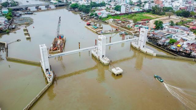Những hình ảnh mới nhất của dự án chống ngập do triều 10.000 tỷ đồng ở TP.HCM - Ảnh 4.
