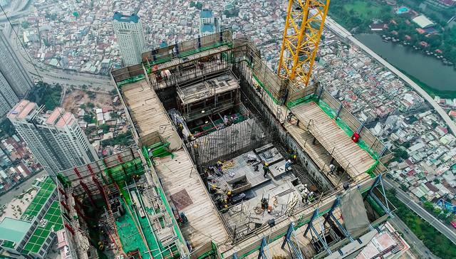Cận cảnh tòa tháp cao nhất Việt Nam Landmark 81 chuẩn bị cất nóc - Ảnh 5.