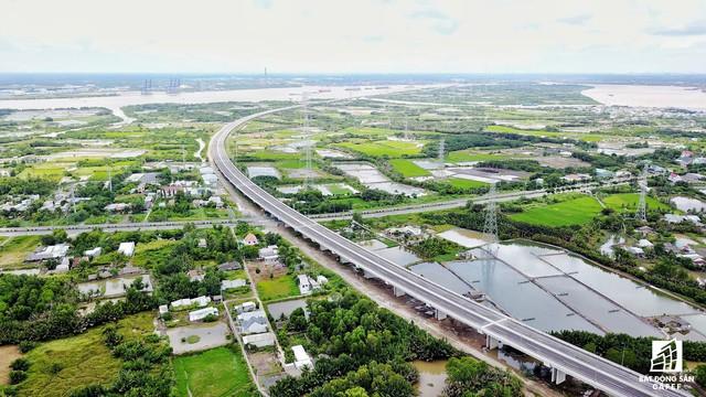 Cận cảnh cao tốc Bến Lức - Long Thành đoạn qua TP.HCM và Long An - Ảnh 13.