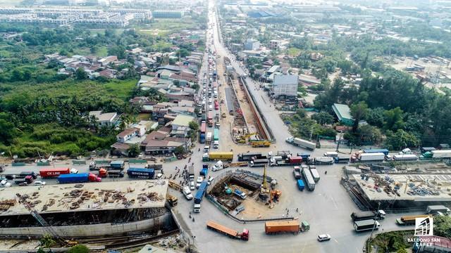 Cận cảnh tiến độ hàng loạt dự án giao thông trọng điểm của TP.HCM - Ảnh 6.