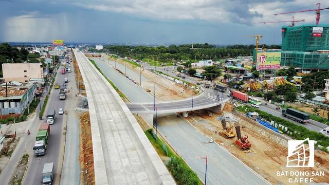 Cận cảnh tiến độ hàng loạt dự án giao thông trọng điểm của TP.HCM - Ảnh 9.