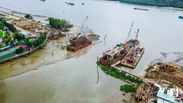 Cận cảnh cây cầu qua đảo Kim Cương đang khiến bất động sản quận 2 tăng giá - Ảnh 4.