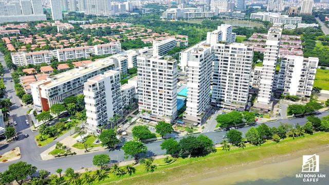 Nhờ lợi thế mảng xanh và sông ngòi từ đầu năm 2016 đến nay, khu Nam Sài Gòn bùng nổ nguồn cung lớn với hàng loạt dự án có số lượng căn hộ lên đến hơn 2.000 căn.