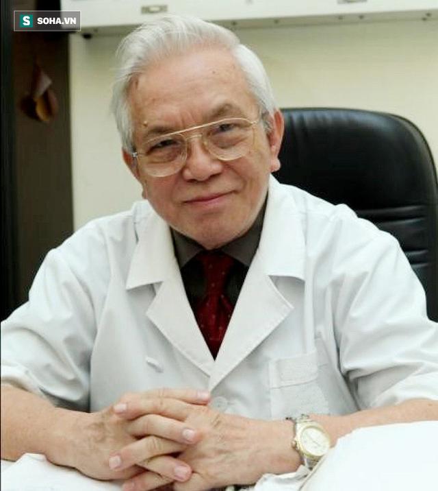 GS Phạm Gia Khải.