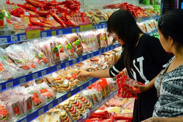 Nhiều sản phẩm chế biến có giá cao bất hợp lý dù giá nguyên liệu đầu vào rất thấp Ảnh: Tấn Thạnh