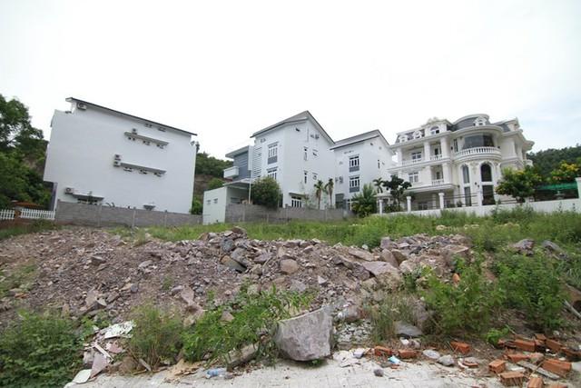 Công ty Thiên Nhân II  đem 40 lô đất biệt thự thế chấp ngân hàng. Ảnh: TL