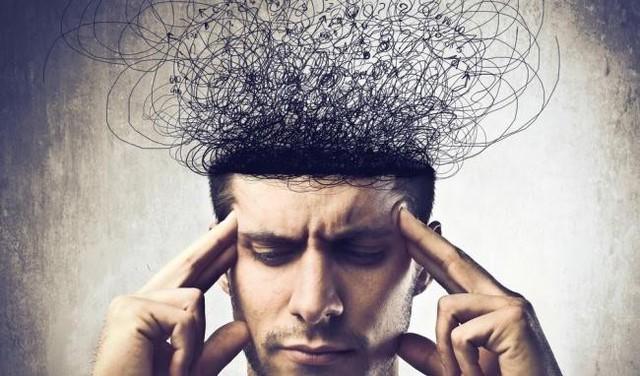 Đôi khi, áp lực công việc khiến ta khủng hoảng, mất phương hướng. Làm theo hai bước dưới đây sẽ giúp bạn vơi đi được phần nào tình trạng đó - Ảnh 2.