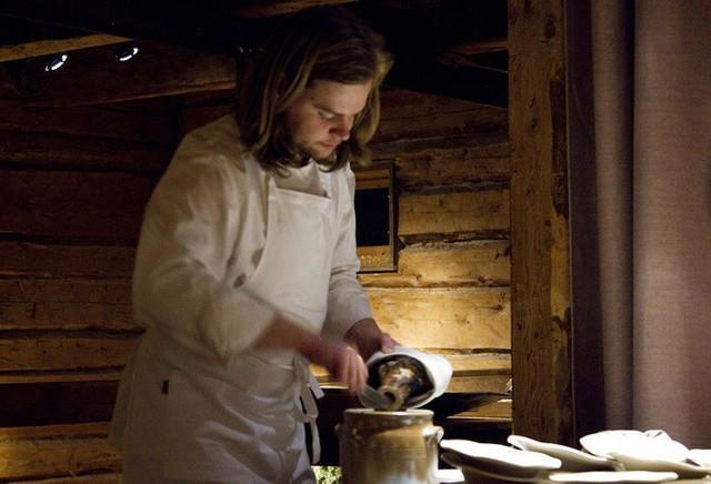 Một trong những nhà hàng ngon nhất thế giới lại nằm ở vùng hẻo lánh, nhiệt độ - 40 độ C và muốn ăn thì phải đặt chỗ trước vài tháng - Ảnh 2.
