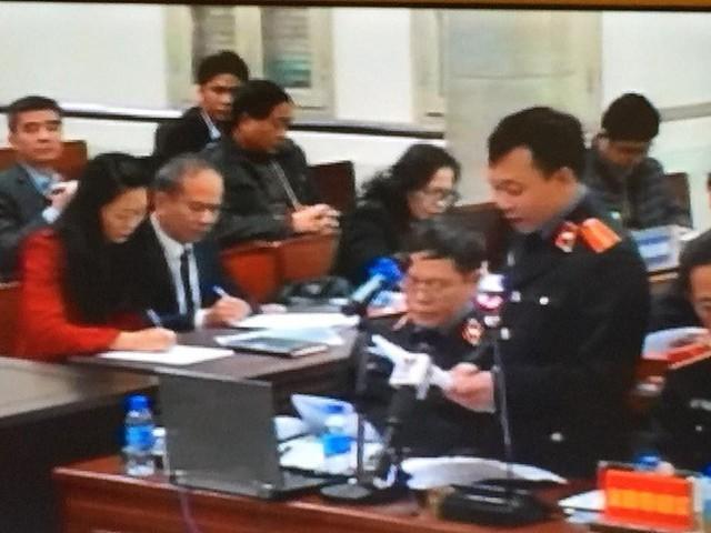 Sáng nay 15/1: Bước vào phần đối đáp, tranh luận giữa đại diện VKS và luật sư, bị cáo - Ảnh 1.