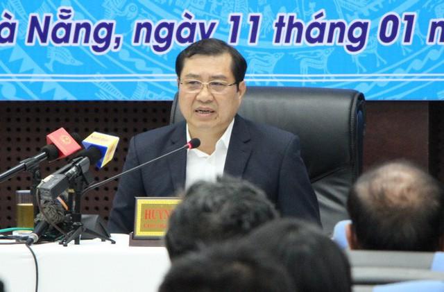 Vì sao hoãn phiên xử người dọa giết Chủ tịch Đà Nẵng Huỳnh Đức Thơ? - Ảnh 1.