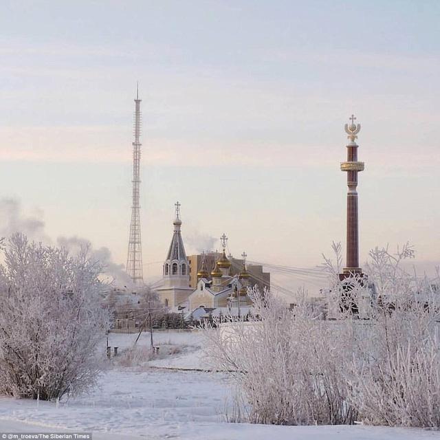Ngôi làng lạnh nhất thế giới - chạm ngưỡng kỷ lục, nhiệt kế vỡ tung vì quá lạnh - Ảnh 2.
