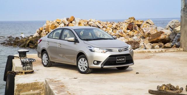 10 ôtô đắt khách nhất Việt Nam năm 2017 - Ảnh 1.