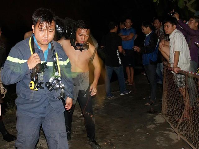 Ngưng tìm kiếm người mất tích vụ sập cầu Long Kiển - Ảnh 2.