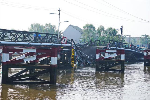 Sau vụ sập cầu sắt ở TPHCM: Còn 30 cây cầu yếu chờ...sập - Ảnh 1.