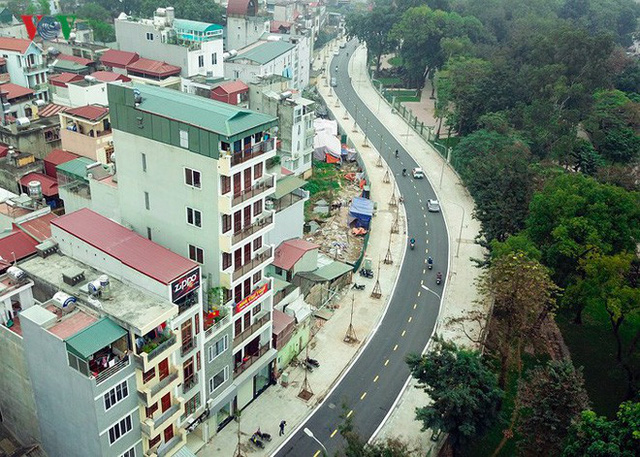 Ảnh: Toàn cảnh con đường 600m hoàn thành trong 17 năm tại Hà Nội - Ảnh 2.