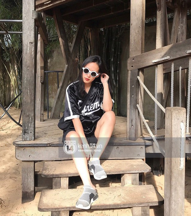Trần Ngọc Hạnh Nhân - nữ HypeBeast duy nhất của thế hệ 8x Việt: 32 tuổi, không chỉ xinh mà còn chất phát ngất - Ảnh 12.