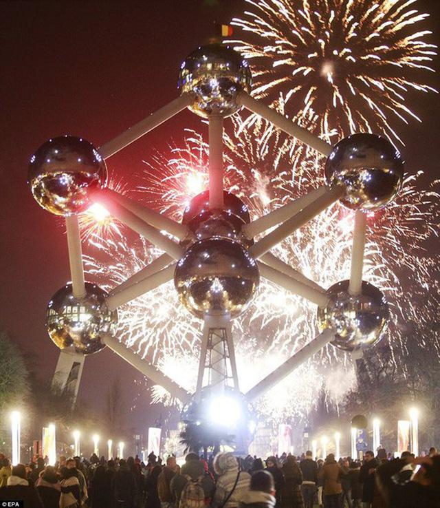 Đài tưởng niệm Atomium ở Brussels - Bỉ. Ảnh: EPA
