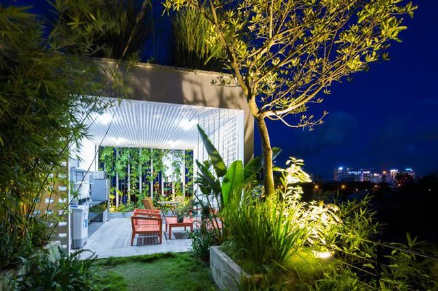 Hàng vạn dân văn phòng sẽ mơ ước được làm việc trong resort ngập cây xanh này - Ảnh 20.