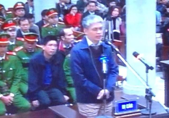 <br />Bị cáo Nguyễn Xuân Sơn tại tòa. Ảnh: Xuân Ân.<br />