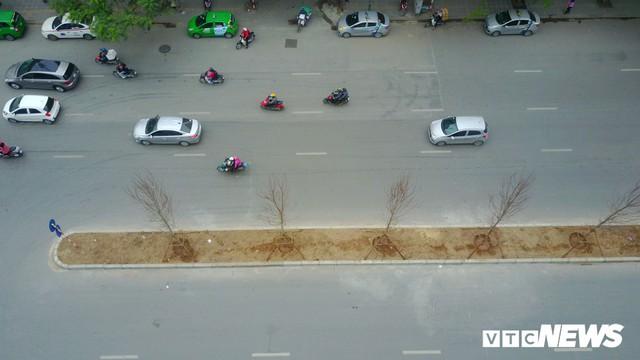 Đường đẹp nhất Việt Nam rộng thênh thang qua góc máy từ trên cao - Ảnh 4.