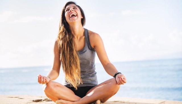 Luyện tập yoga, căng thẳng nghiêm trọng cỡ nào cũng biến mất - Ảnh 2.