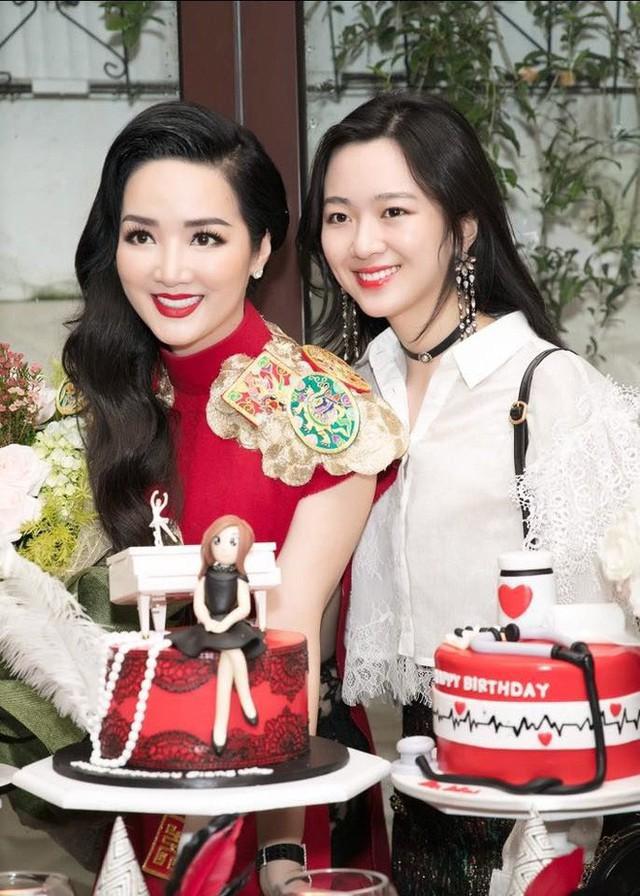 Hội út cưng nổi tiếng trong giới con nhà giàu Việt - Ảnh 21.