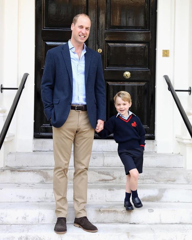 Những hoạt động mở mang tri thức rất được hoàng gia khuyến khích.