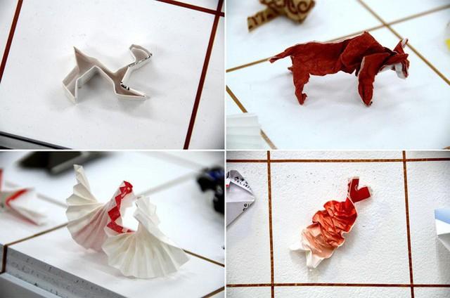 Anh bồi bàn Nhật Bản mở triển lãm Origami nhờ thu nhặt 13.000 vỏ đũa dùng một lần - Ảnh 4.